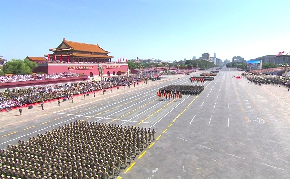the_military_parade_in_honor_of_the_70-th_anniversary_of_the_end_of_the_second_world_war_01