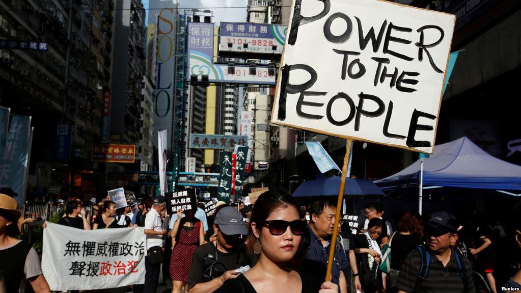Hong Kong stocks rise as financials surge on China reserve ratio cut